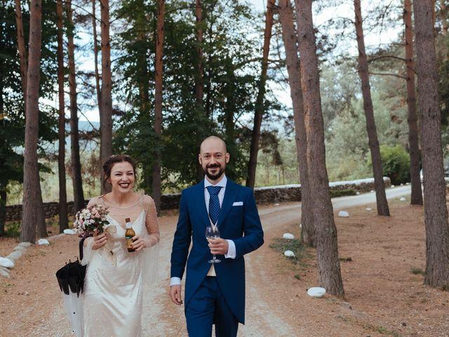 La boda de Borja y Vero en Rascafria, Madrid 31