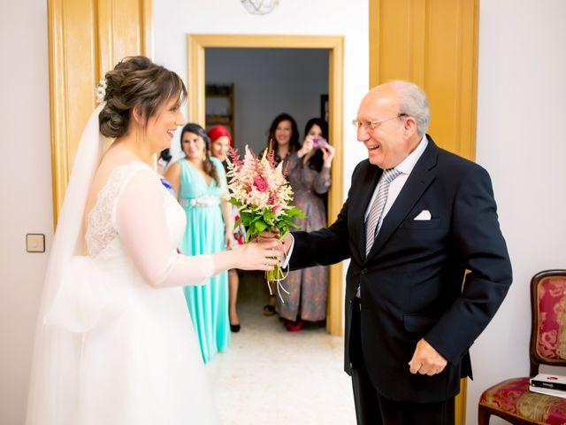 La boda de Juan Jose y Miriam en Villafranca De Los Barros, Badajoz 11