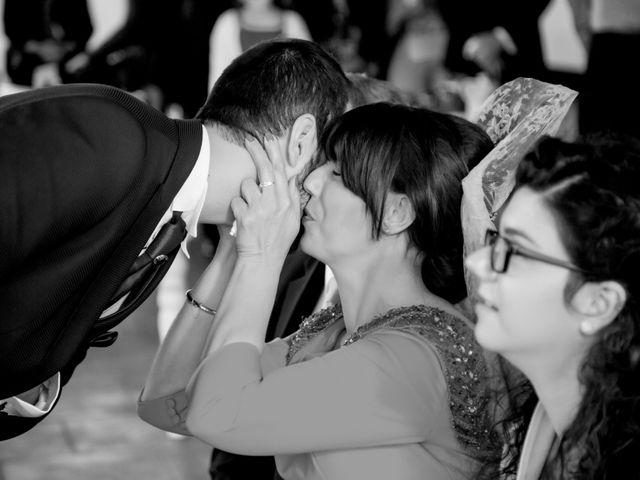 La boda de Juan Jose y Miriam en Villafranca De Los Barros, Badajoz 19