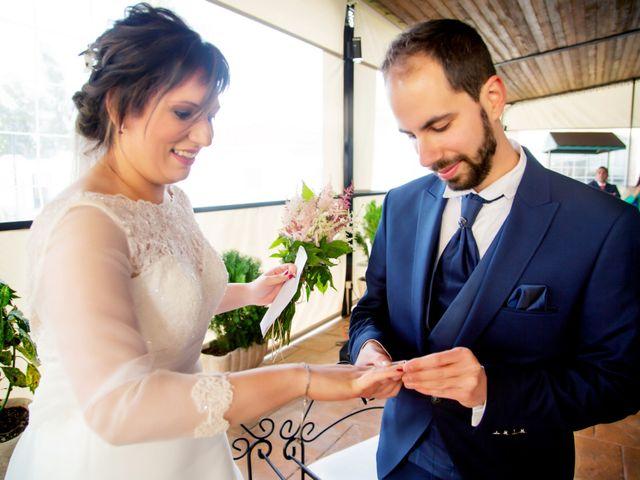 La boda de Juan Jose y Miriam en Villafranca De Los Barros, Badajoz 20