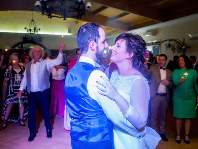 La boda de Juan Jose y Miriam en Villafranca De Los Barros, Badajoz 31