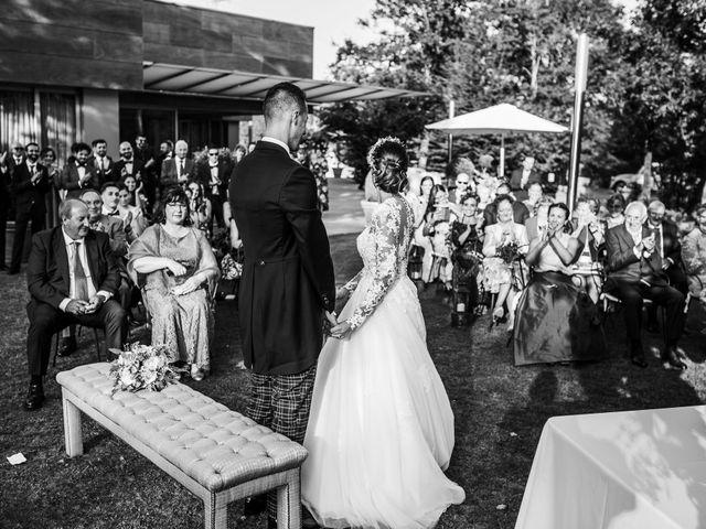 La boda de Pablo y Irene en Oviedo, Asturias 29