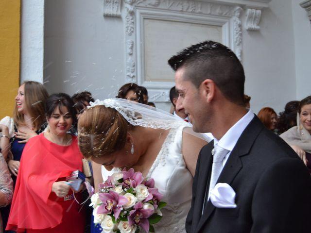 La boda de Antonio y Mª Angeles en Montalban De Cordoba, Córdoba 13