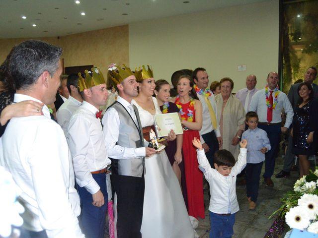 La boda de Antonio y Mª Angeles en Montalban De Cordoba, Córdoba 19