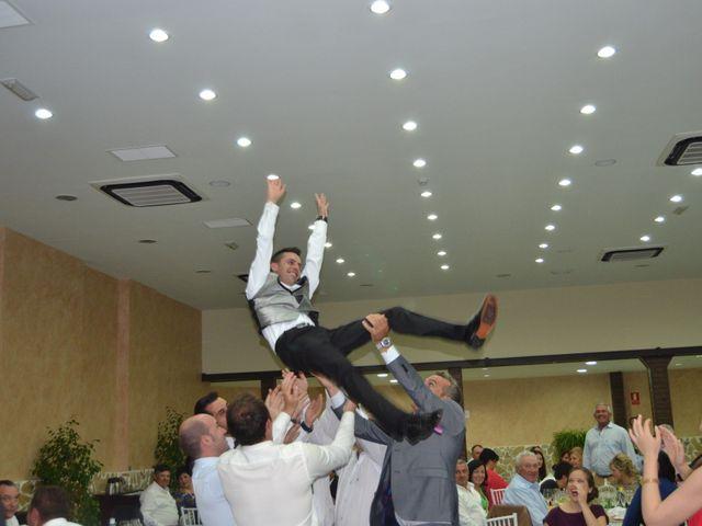 La boda de Antonio y Mª Angeles en Montalban De Cordoba, Córdoba 21