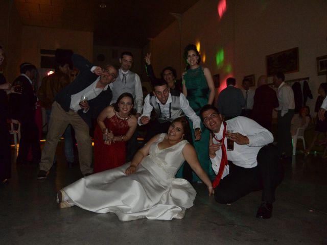 La boda de Antonio y Mª Angeles en Montalban De Cordoba, Córdoba 23