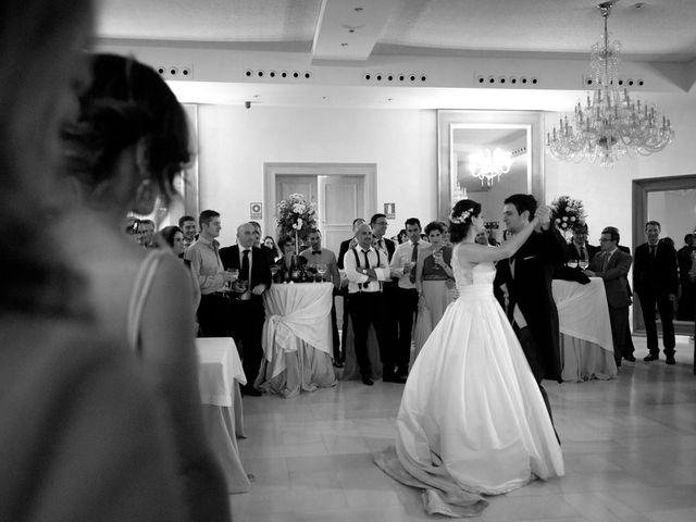 La boda de Luis y Conchi en Jaén, Jaén 37