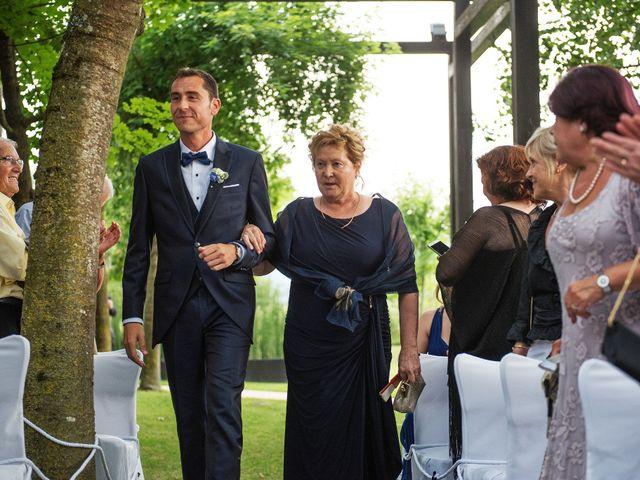 La boda de Marc y Mariona en La Vall De Bianya, Girona 101