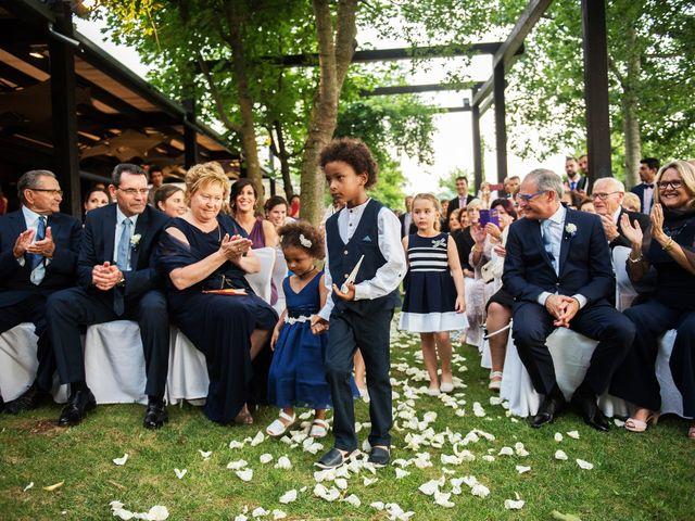 La boda de Marc y Mariona en La Vall De Bianya, Girona 131