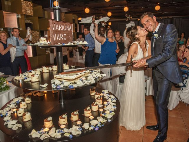 La boda de Marc y Mariona en La Vall De Bianya, Girona 200