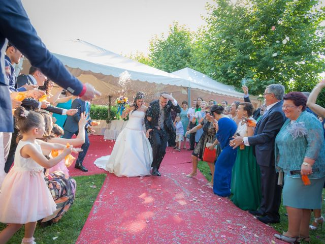 La boda de Ricardo y Bea en Vigo, Pontevedra 31