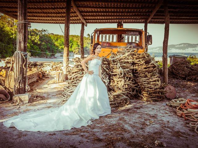 La boda de Ricardo y Bea en Vigo, Pontevedra 54