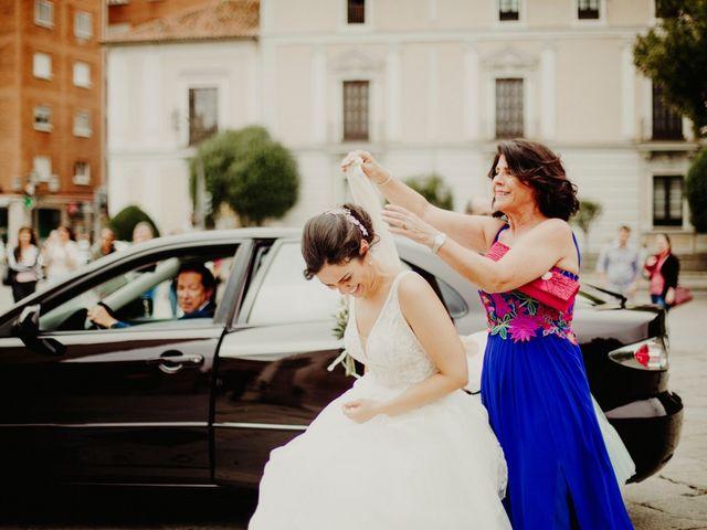 La boda de Manuel y Ana en Valladolid, Valladolid 44