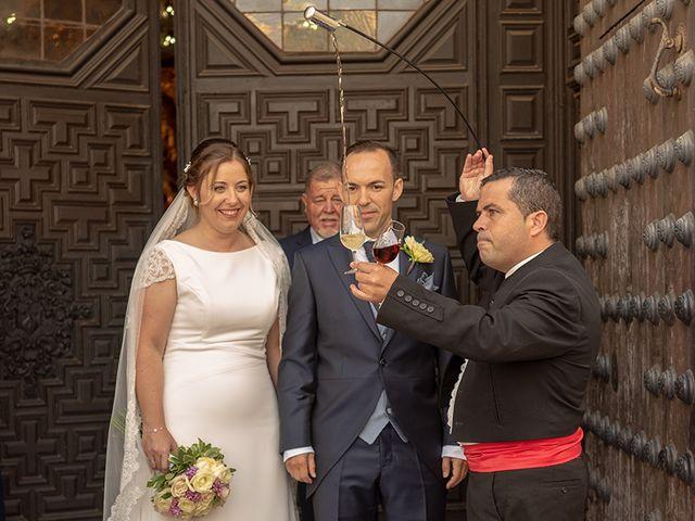 La boda de Manuel David y Elizabeth  en San Fernando, Cádiz 6