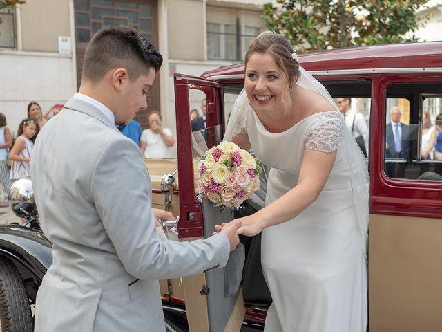 La boda de Manuel David y Elizabeth  en San Fernando, Cádiz 8