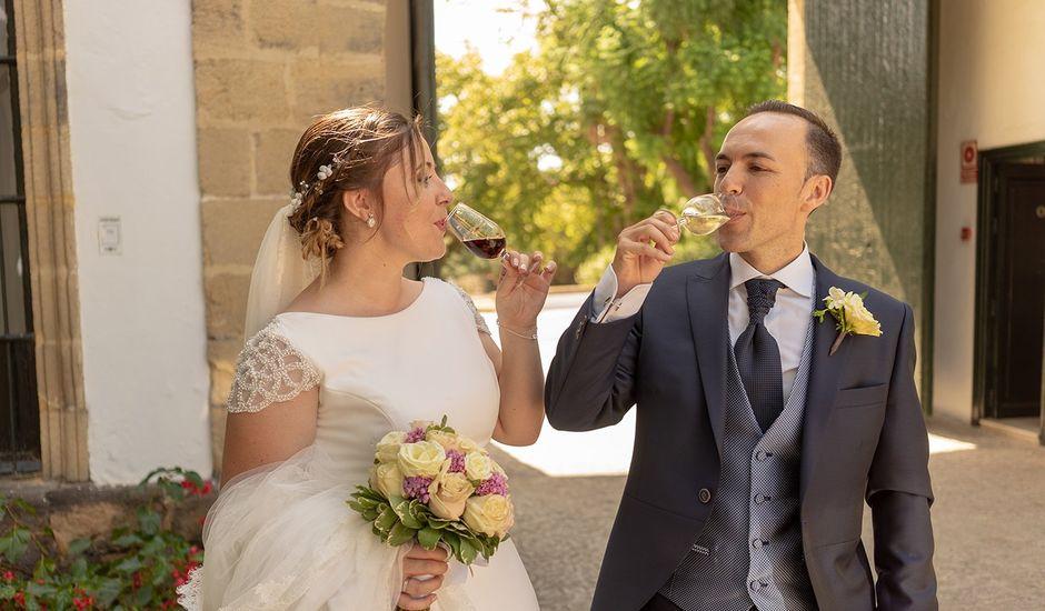 La boda de Manuel David y Elizabeth  en San Fernando, Cádiz