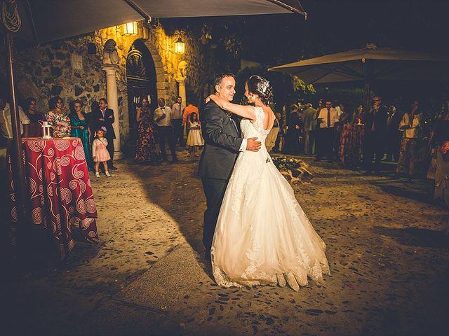 La boda de Antonio y Laura en Olias Del Rey, Toledo 18