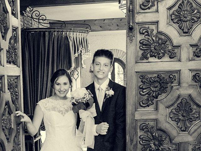 La boda de Antonio y Laura en Olias Del Rey, Toledo 32
