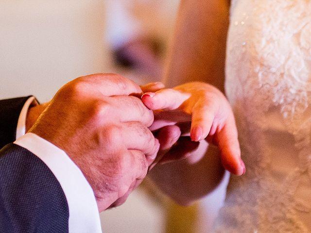 La boda de Antonio y Laura en Olias Del Rey, Toledo 43