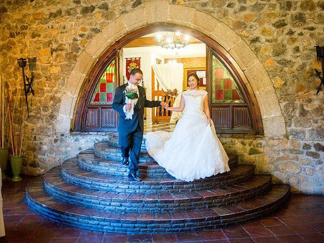 La boda de Antonio y Laura en Olias Del Rey, Toledo 48