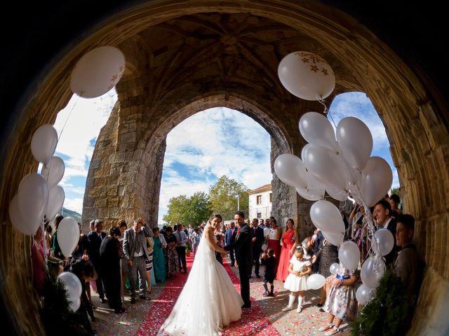 La boda de Dany y Bea en Isla, Cantabria 23