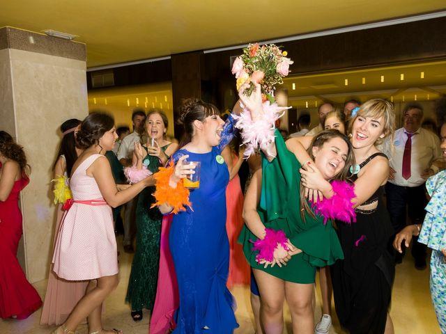 La boda de Dany y Bea en Isla, Cantabria 71