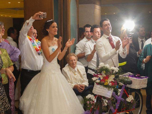 La boda de Dany y Bea en Isla, Cantabria 75