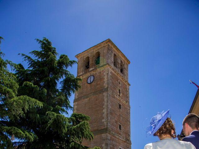 La boda de Domingo y Sara en Campillo De Altobuey, Cuenca 23