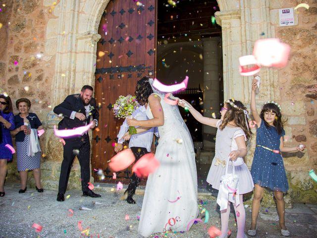 La boda de Domingo y Sara en Campillo De Altobuey, Cuenca 31