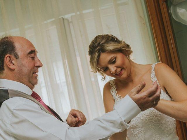 La boda de Alberto y Ana Belén en Ballesteros De Calatrava, Ciudad Real 20