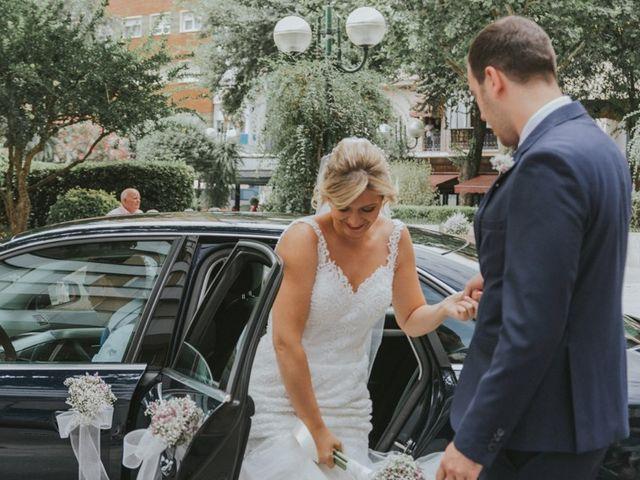 La boda de Alberto y Ana Belén en Ballesteros De Calatrava, Ciudad Real 25