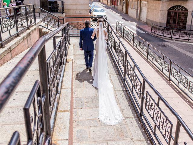 La boda de David y Cristina en Puertollano, Ciudad Real 31