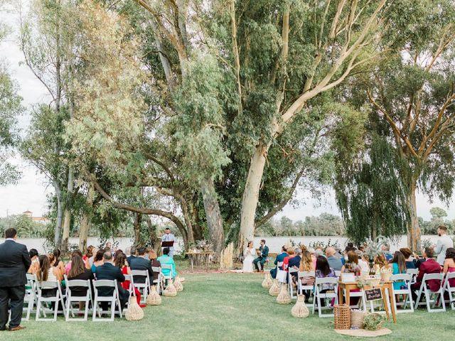 La boda de Luis  y Belén  en Coria Del Rio, Sevilla 18