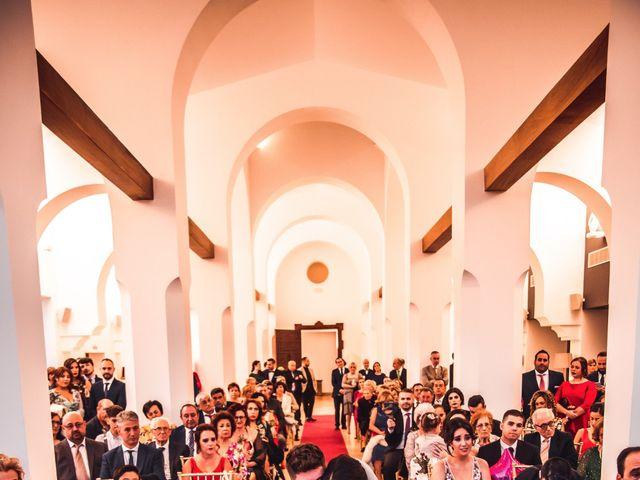 La boda de Javi y Laura en Villamena, Granada 28