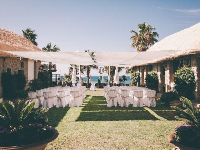 La boda de Manuel y Cecilia en Los Caños De Meca, Cádiz 2