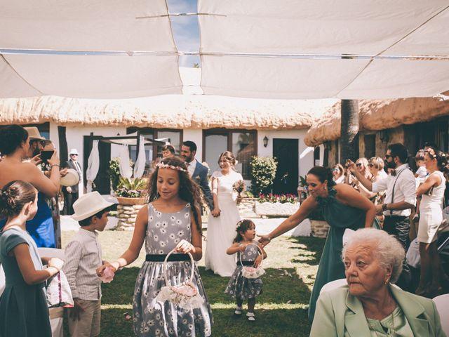 La boda de Manuel y Cecilia en Los Caños De Meca, Cádiz 14