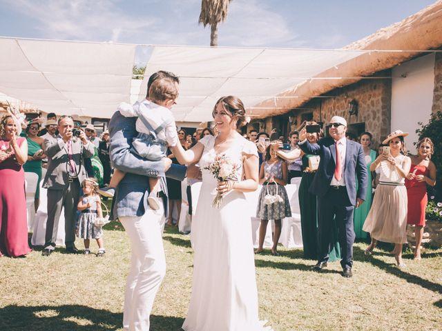La boda de Manuel y Cecilia en Los Caños De Meca, Cádiz 17