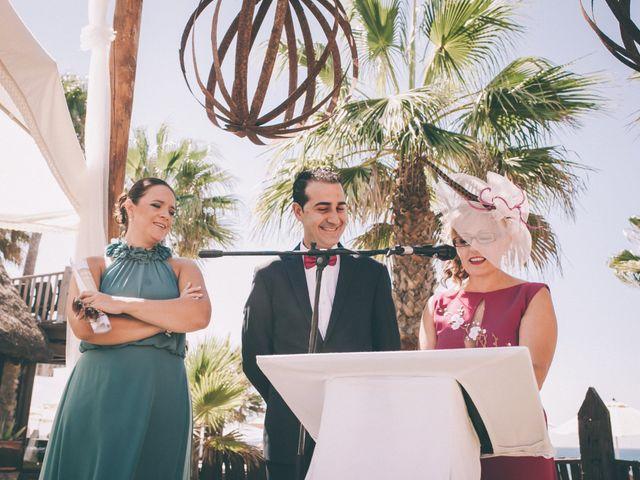 La boda de Manuel y Cecilia en Los Caños De Meca, Cádiz 23
