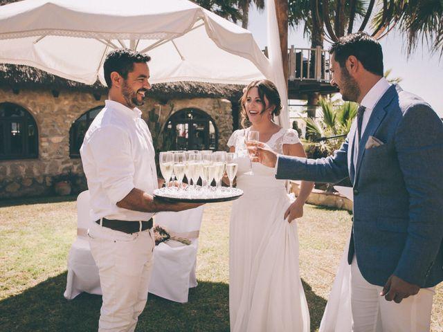 La boda de Manuel y Cecilia en Los Caños De Meca, Cádiz 31