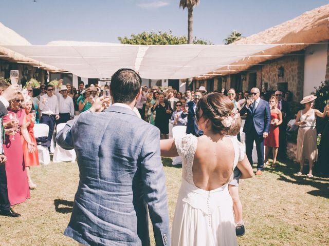 La boda de Manuel y Cecilia en Los Caños De Meca, Cádiz 32