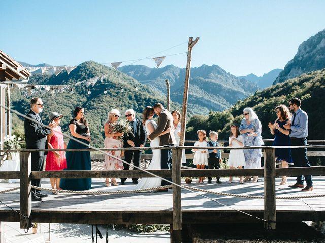La boda de Trevor y Erin en Caleao, Asturias 17