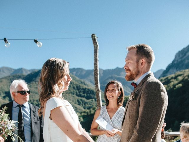 La boda de Trevor y Erin en Caleao, Asturias 20