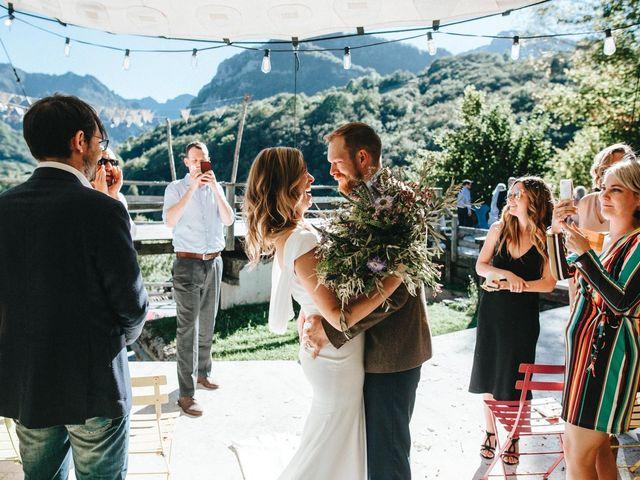 La boda de Trevor y Erin en Caleao, Asturias 25