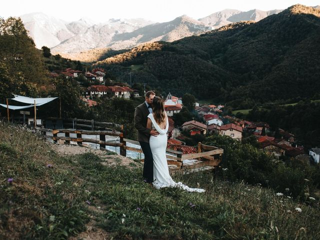 La boda de Trevor y Erin en Caleao, Asturias 37