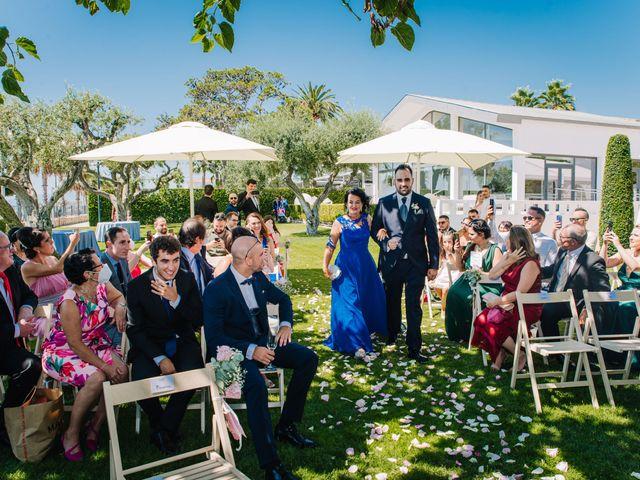 La boda de Rubén y Desi en Cambrils, Tarragona 36