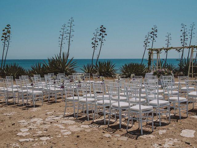 La boda de Javier y Laura en San Jose, Almería 38