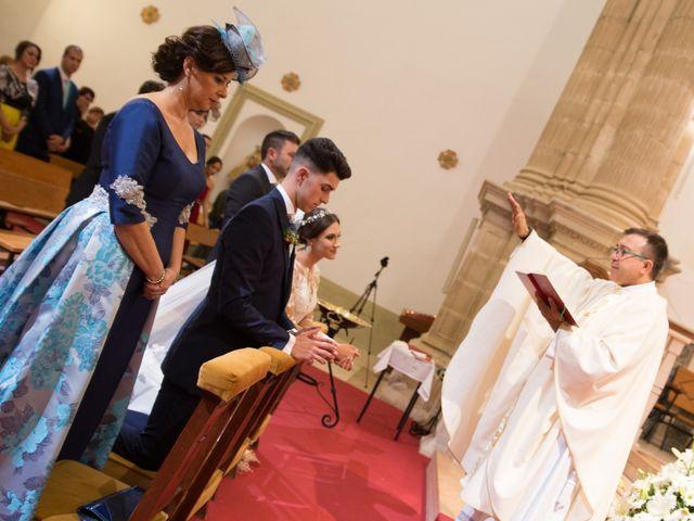 La boda de Rubén y Azahara en Jaén, Jaén 11