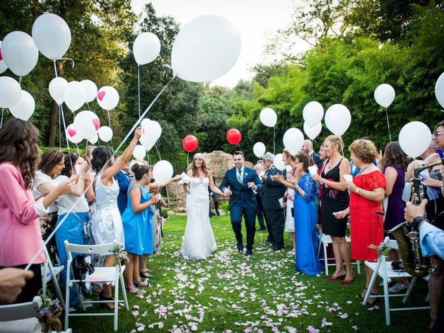 La boda de Jota y Melodi en Sant Fost De Campsentelles, Barcelona 15