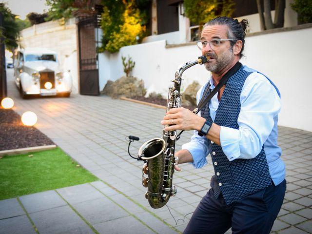 La boda de Jota y Melodi en Sant Fost De Campsentelles, Barcelona 24