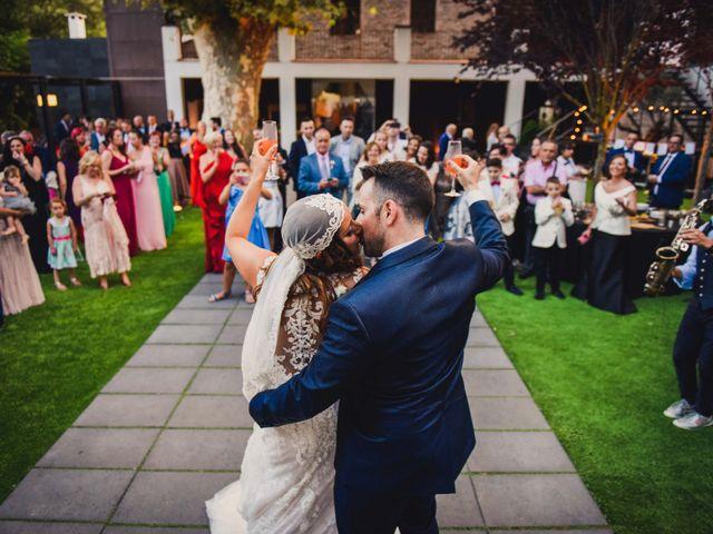 La boda de Jota y Melodi en Sant Fost De Campsentelles, Barcelona 27